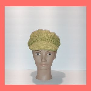 Vintage 1990 Retro Green Crocheted Hat